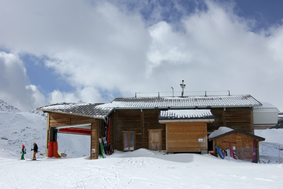 Arrival station of 2 Lacs chair, Val Thorens