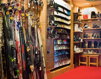 Skis at Zenith, Val Thorens