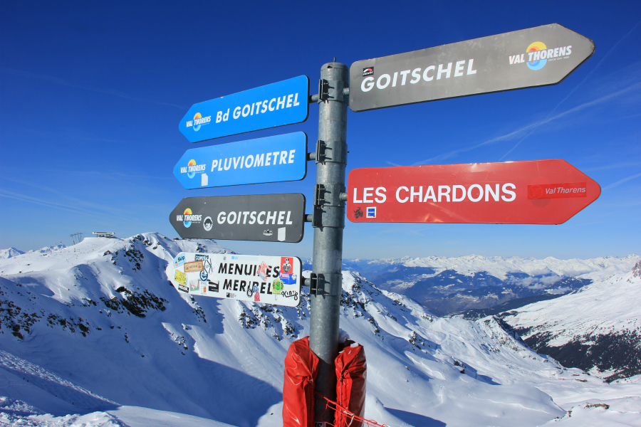 Signpost at top of 3 Valleys chair, Val Thorens